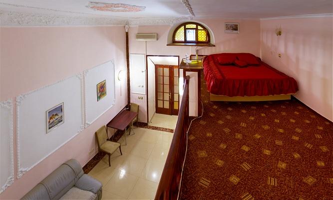 1-комнатная квартира посуточно в Одессе. Приморский район, ул. Греческая, 50. Фото 1