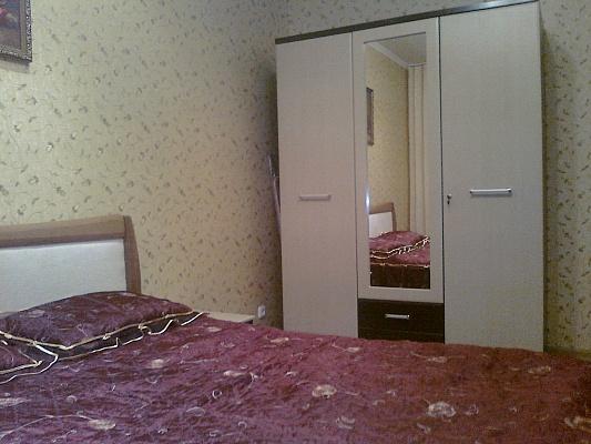 2-комнатная квартира посуточно в Хмельницком. ул. Щербакова, 8/1. Фото 1