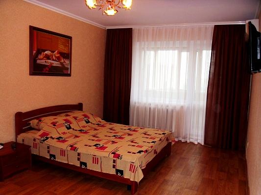 2-комнатная квартира посуточно в Николаеве. Ленинский район, пр-т Ленина, 267. Фото 1