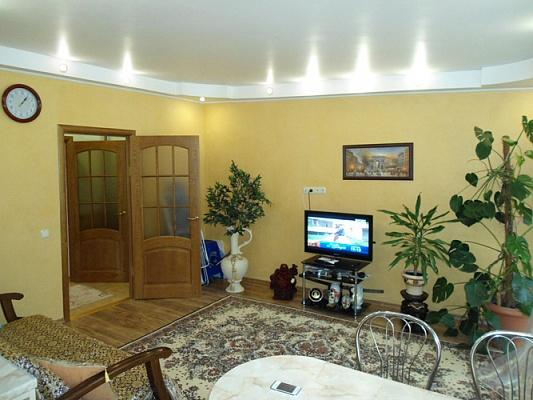 2-комнатная квартира посуточно в Одессе. Приморский район, б-р Французский, 13. Фото 1