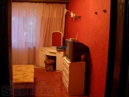 3-комнатная квартира посуточно в Керчи. ул. Клинковского, 5/15. Фото 1