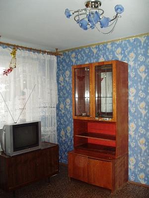 2-комнатная квартира посуточно в Мариуполе. Киевская. Фото 1