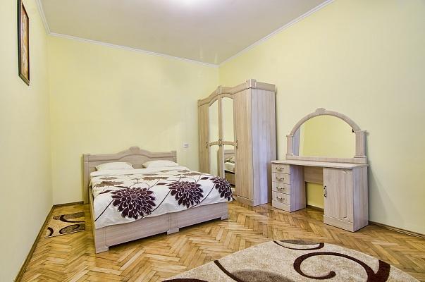 1-комнатная квартира посуточно в Львове. Галицкий район, ул. Огиенка, 13. Фото 1