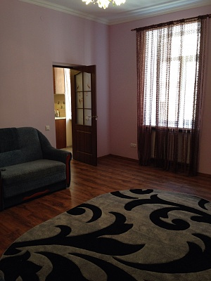 1-комнатная квартира посуточно в Львове. Галицкий район, ул. Медовая, 10. Фото 1