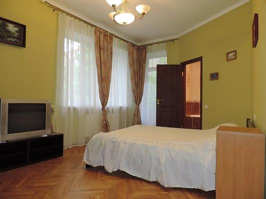 1-комнатная квартира посуточно в Львове. Лычаковский район, ул. Коциловского, 21. Фото 1