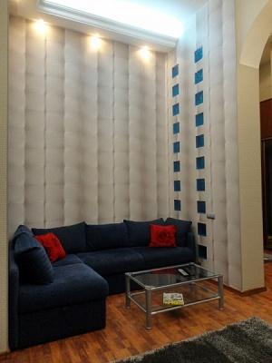 2-комнатная квартира посуточно в Киеве. Печерский район, ул. Рогнединская, 1. Фото 1