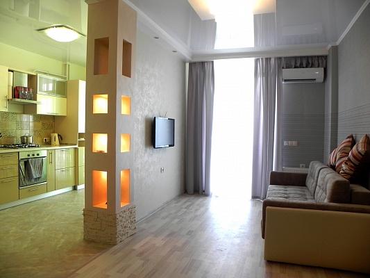 1-комнатная квартира посуточно в Севастополе. Ленинский район, пер. Крепостной, 4б. Фото 1