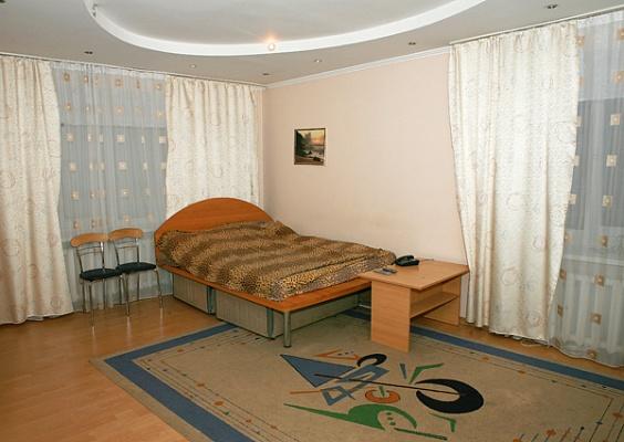 1-комнатная квартира посуточно в Киеве. Печерский район, ул. К. Гордиенко, 3. Фото 1