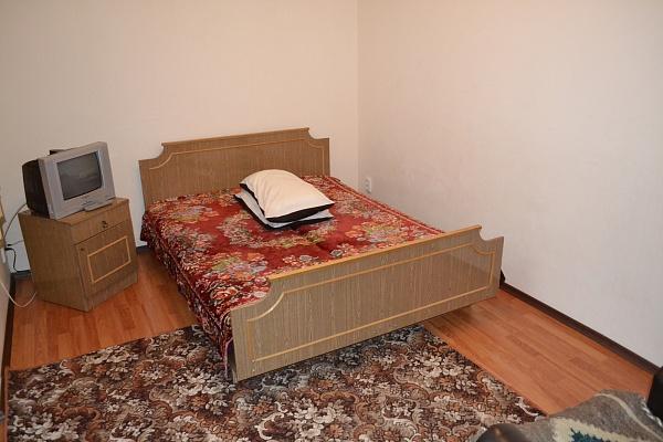 1-комнатная квартира посуточно в Каменце-Подольском. ул. Госпитальная, 2. Фото 1