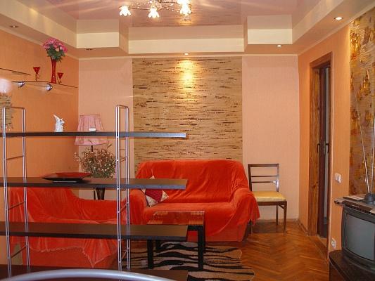 1-комнатная квартира посуточно в Киеве. Соломенский район, ПОЛИТЕХНИЧЕСКАЯ. Фото 1