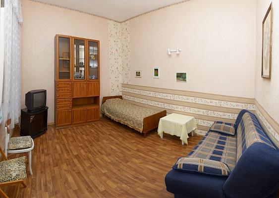 1-комнатная квартира посуточно в Одессе. Приморский район, ул. Пушкинская, 42. Фото 1
