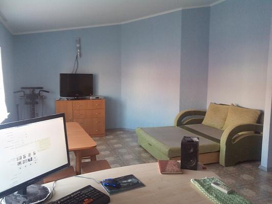 2-комнатная квартира посуточно в Одессе. Киевский район, ул. Дача Ковалевского, 101. Фото 1