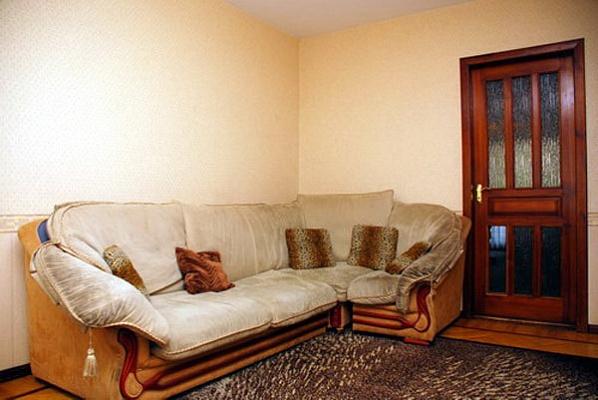 3-комнатная квартира посуточно в Киеве. Днепровский район, ул. Бойченко, 4. Фото 1