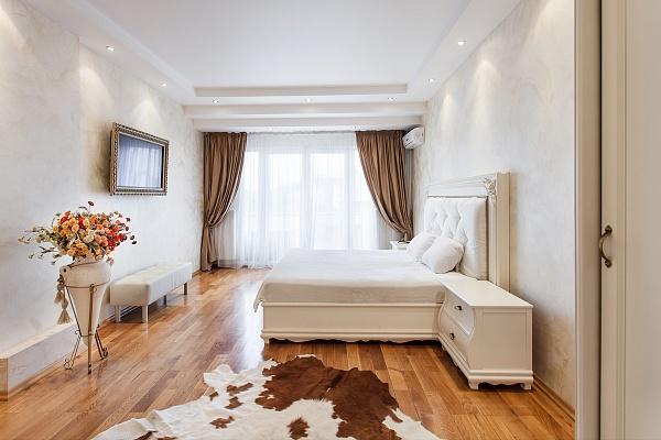 3-комнатная квартира посуточно в Одессе. Приморский район, ул. Дерибасовская, 1. Фото 1