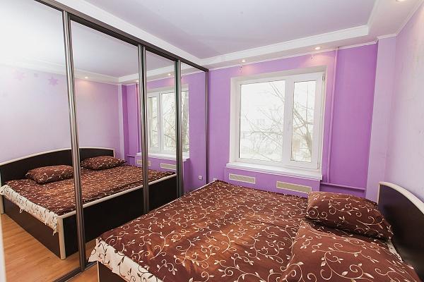 1-комнатная квартира посуточно в Северодонецке. пр-т Гвардейский, 55. Фото 1