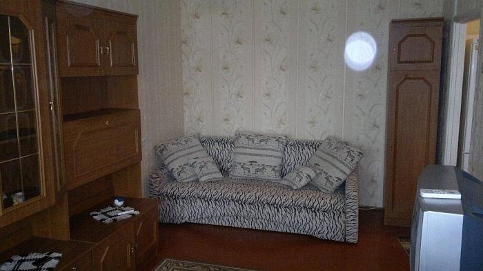 1-комнатная квартира посуточно в Феодосии. ул. Галерейная, 15. Фото 1