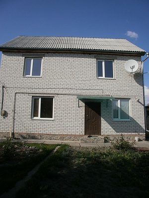 Дом  посуточно в Миргороде. ул. Украинская, 48. Фото 1