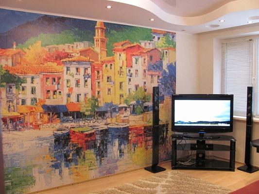 2-комнатная квартира посуточно в Мариуполе. пр-т Строителей, 113. Фото 1