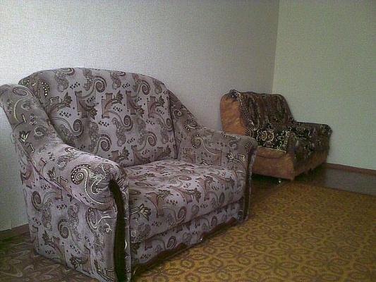 2-комнатная квартира посуточно в Ровно. ул. Буковинская, 12. Фото 1