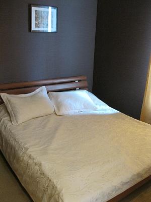 2-комнатная квартира посуточно в Херсоне. Суворовский район, ул. Красностуденческая, 24. Фото 1