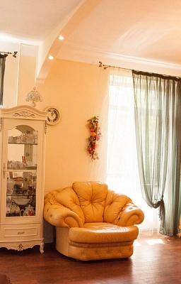 3-комнатная квартира посуточно в Севастополе. Ленинский район, ул. Одесская, 4. Фото 1