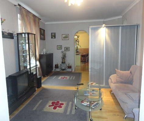 3-комнатная квартира посуточно в Львове. Галицкий район, ул. И. Франко, 22. Фото 1