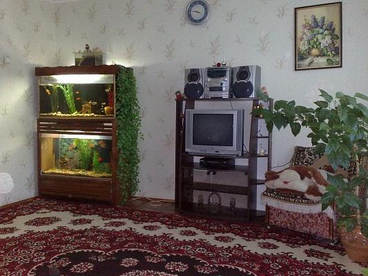 2-комнатная квартира посуточно в Умани. ул. Пушкина. Фото 1