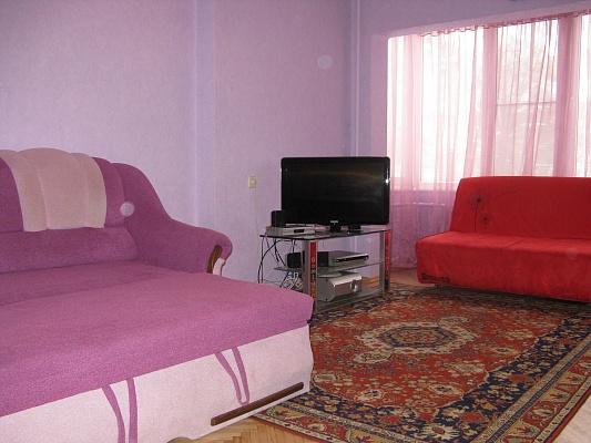 2-комнатная квартира посуточно в Киеве. Соломенский район, ул.Головко, 31. Фото 1