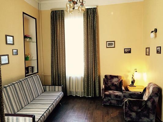 2-комнатная квартира посуточно в Киеве. Подольский район, ул. Братская, 5. Фото 1