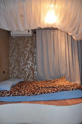 1-комнатная квартира посуточно в Макеевке. м-н  Зеленый, 44. Фото 1