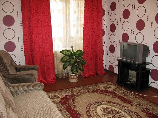 1-комнатная квартира посуточно в Луцке. ул. Зацепы, 3. Фото 1