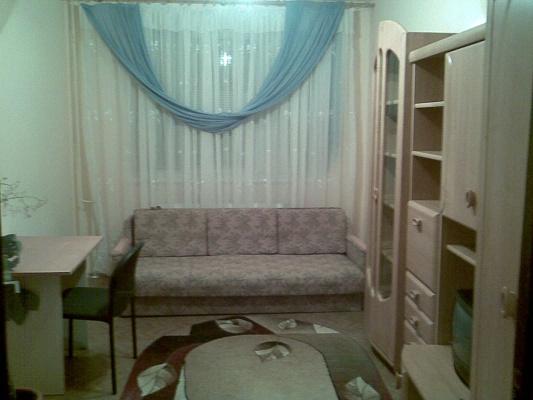 1-комнатная квартира посуточно в Ужгороде. ул. Марта 37, 8. Фото 1