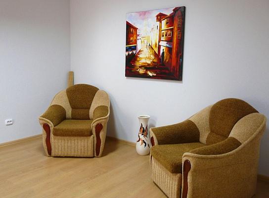 2-комнатная квартира посуточно в Ивано-Франковске. Северный бульвар. Фото 1