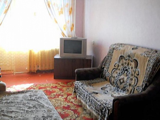 1-комнатная квартира посуточно в Мариуполе. пр.Ленина, 100. Фото 1
