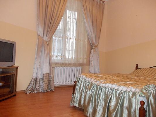 1-комнатная квартира посуточно в Львове. Галицкий район, ул. Кулиша, 42. Фото 1