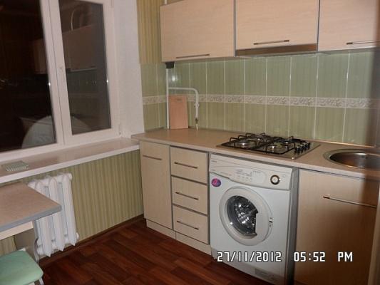 1-комнатная квартира посуточно в Северодонецке. ул. Космонавтов, 7. Фото 1