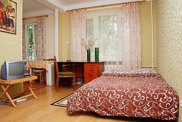 1-комнатная квартира посуточно в Киеве. Печерский район, б-р Марии Приймаченко, 3. Фото 1