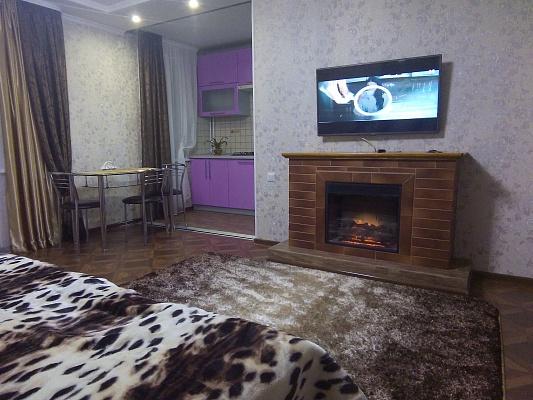 1-комнатная квартира посуточно в Мелитополе. пр-т 50-летия Победы, 36. Фото 1