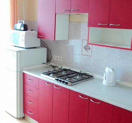 1-комнатная квартира посуточно в Севастополе. Ленинский район, ул. Б.Морская, 15. Фото 1