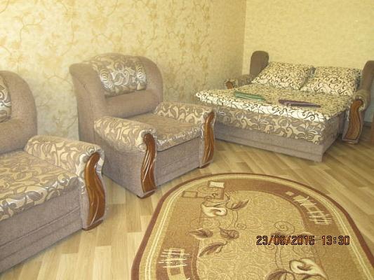 1-комнатная квартира посуточно в Луцке. ул. Стрелецкая, 53. Фото 1