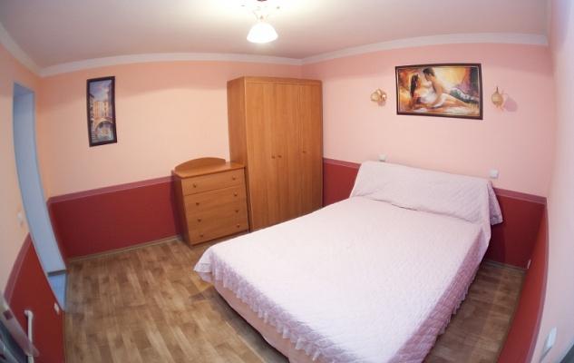2-комнатная квартира посуточно в Одессе. Приморский район, ул. Леха Качинского, 4. Фото 1