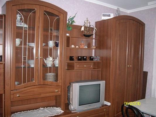 2-комнатная квартира посуточно в Ровно. Майдан Независимости, 5. Фото 1