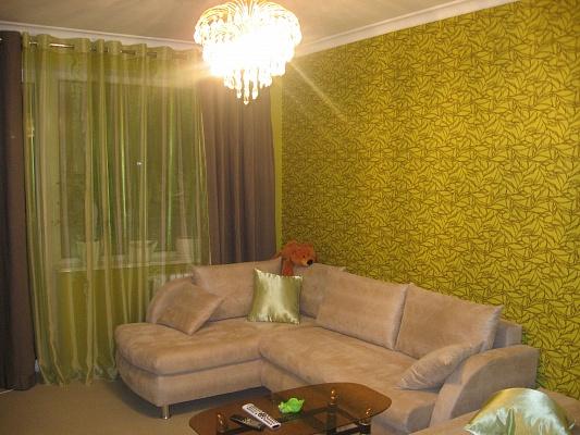 2-комнатная квартира посуточно в Мариуполе. пр.Строителей. Фото 1