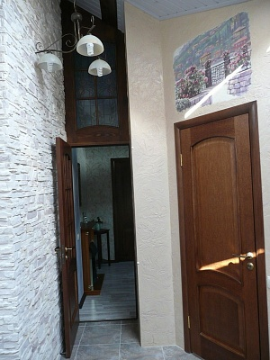 2-комнатная квартира посуточно в Евпатории. пр-т Ленина, 25. Фото 1