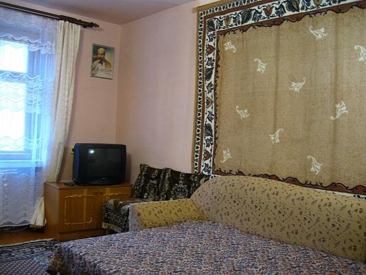 1-комнатная квартира посуточно в Трускавце. ул. Мазепы, 6. Фото 1