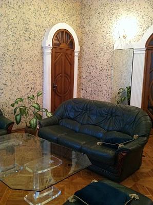 3-комнатная квартира посуточно в Одессе. Приморский район, пл. Соборная, 4. Фото 1