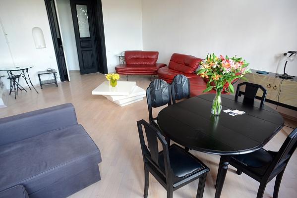5-комнатная квартира посуточно в Львове. Галицкий район, пр-т Свободы, 29. Фото 1