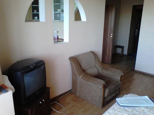 1-комнатная квартира посуточно в Луцке. ул. Кравчука, 38. Фото 1