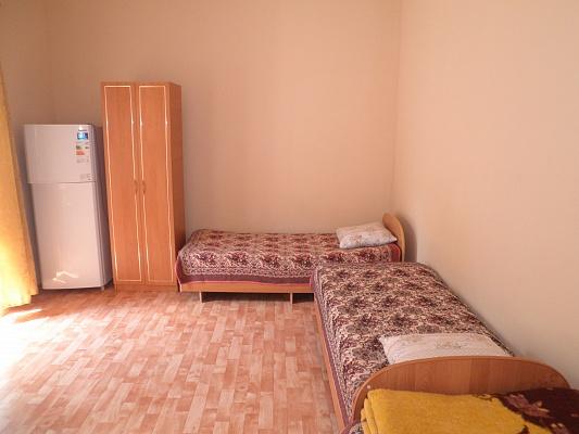 Комната  посуточно в Алуште. ул. Княгини Гагариной, 10. Фото 1