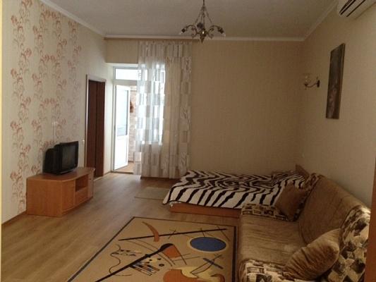 1-комнатная квартира посуточно в Ильичёвске. Пригород район, ул. 1 Мая, 1-Г. Фото 1